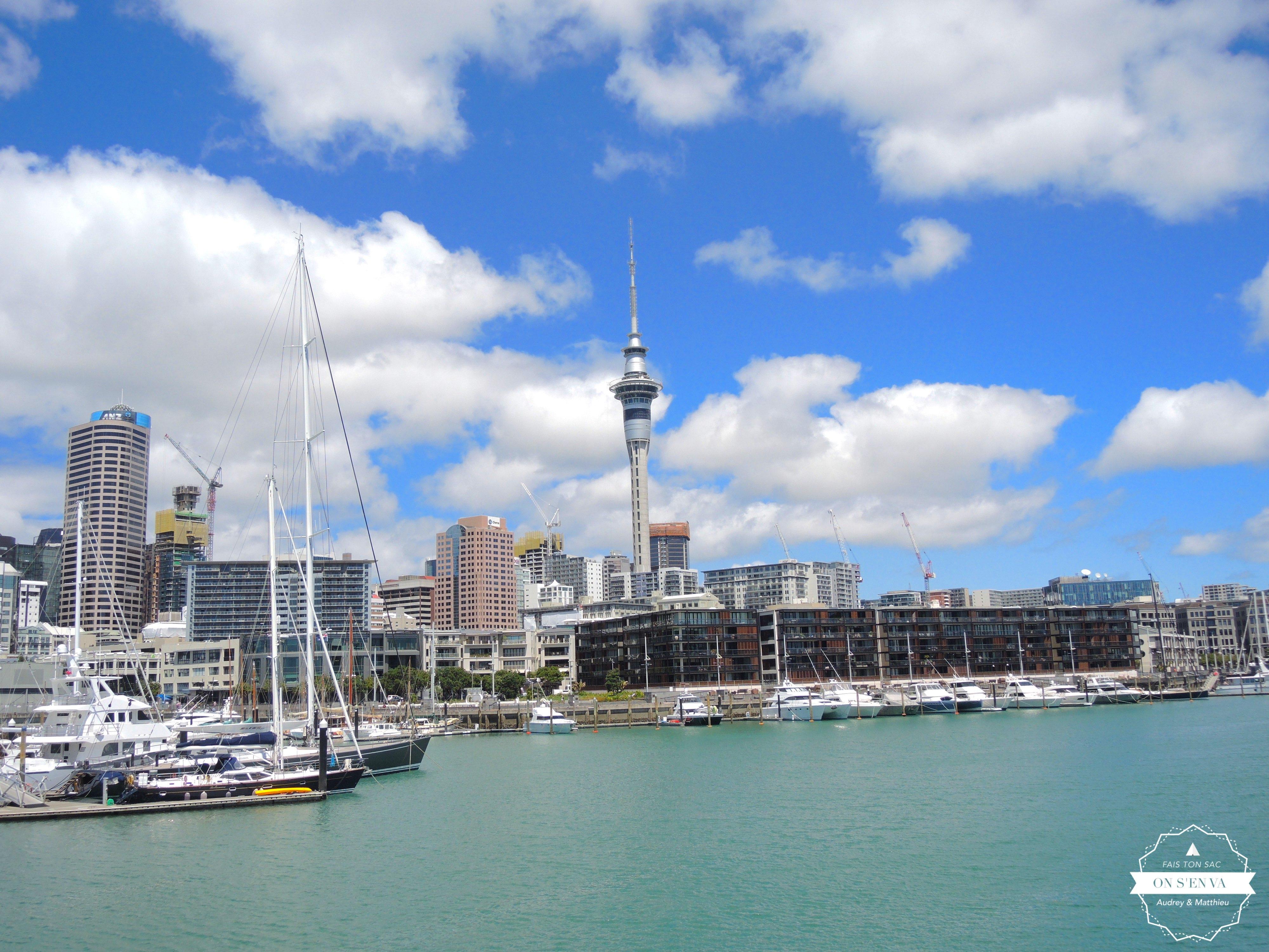 La fameuse Skytower, depuis le Port