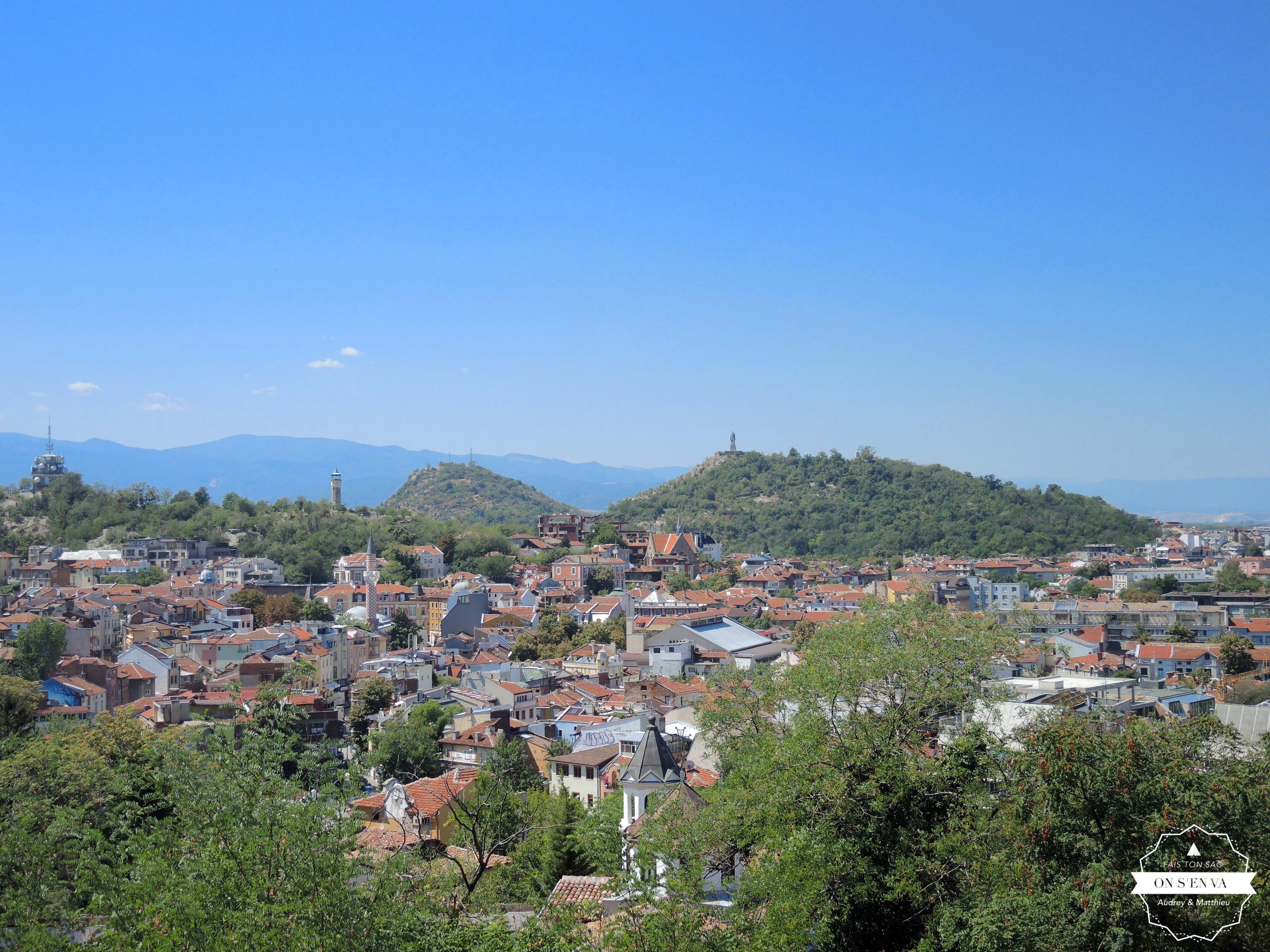 Vue de Plovdiv avec 3 des 7 collines