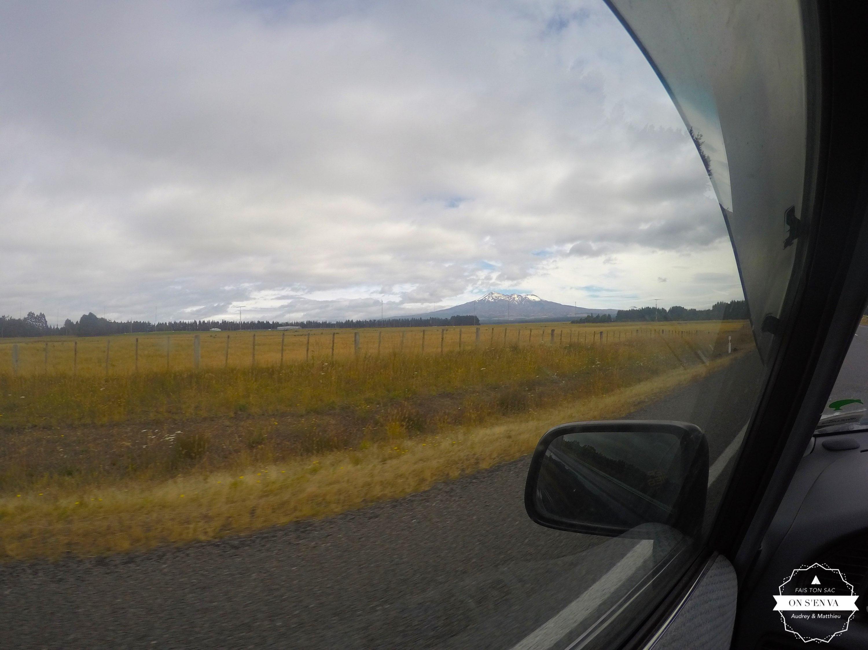Vue sur le Tongariro en route...