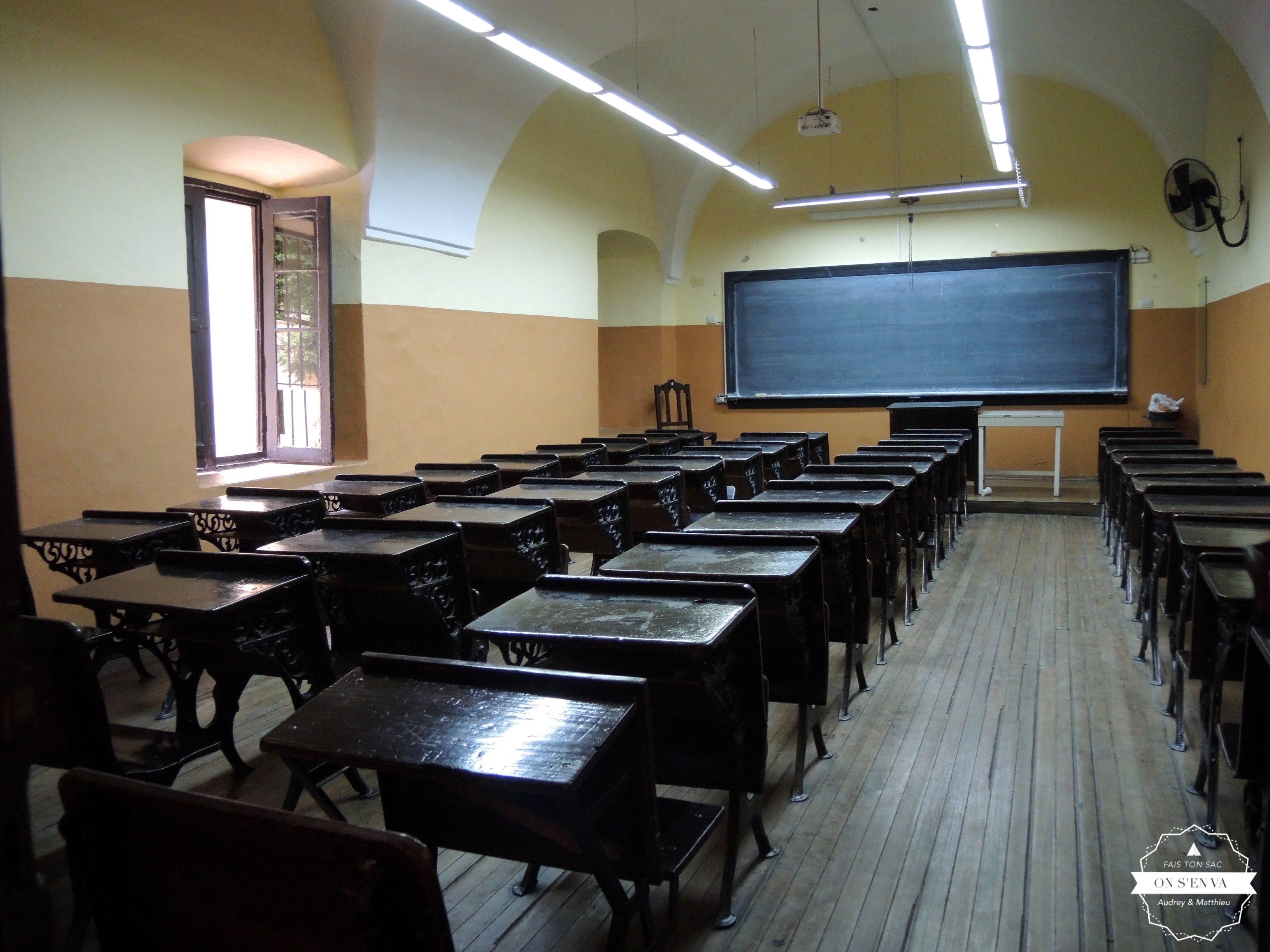 et ses salles de classe