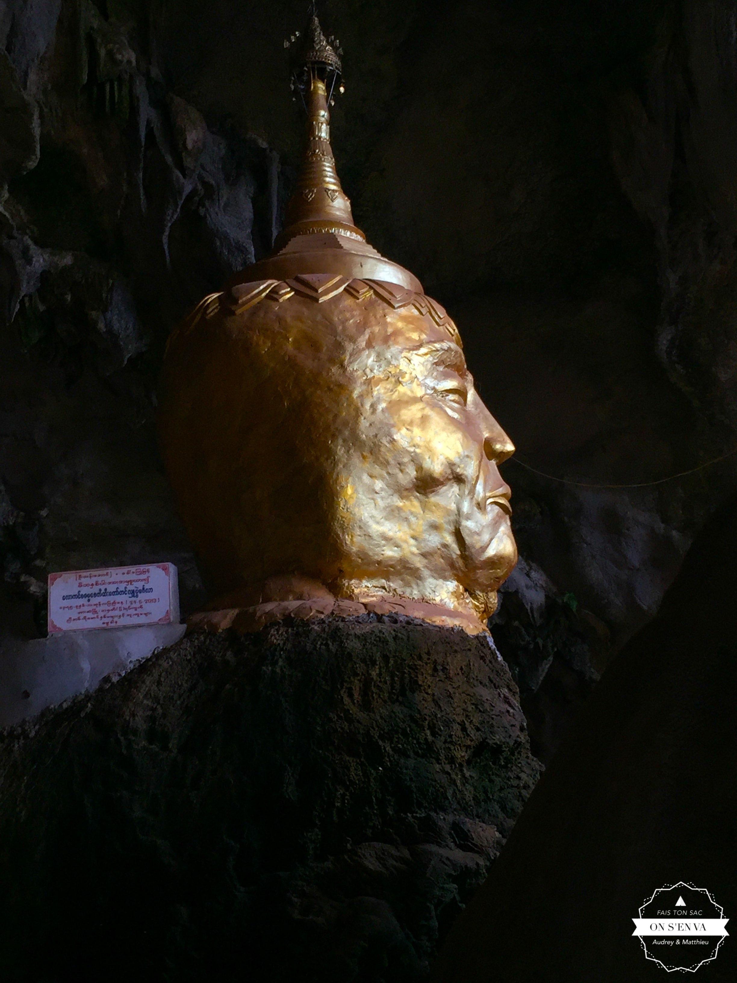 Stuppa en bouddha