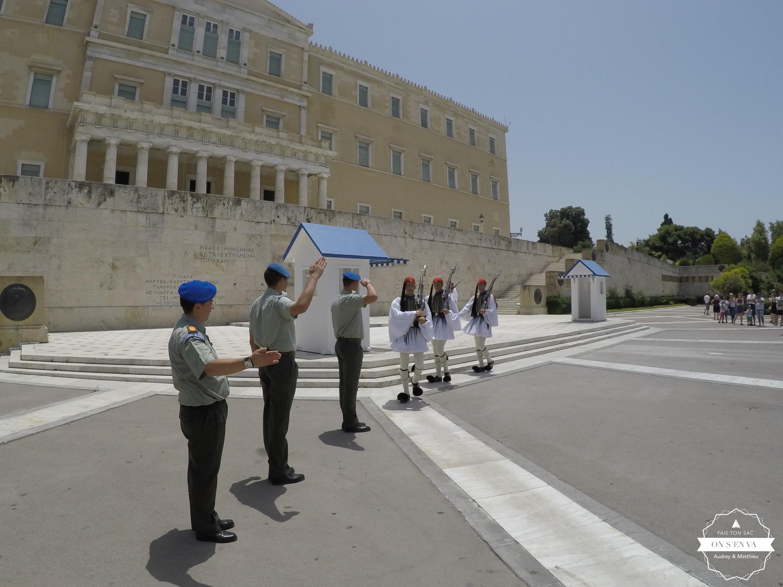 Relève de la Garde, Athènes