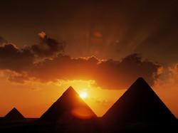 AK - Temples at Giza