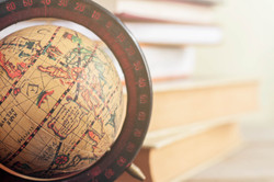 globe-in-the-library-P835YTZ