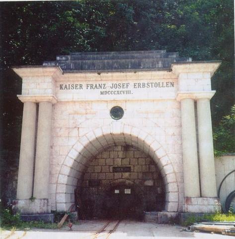 "Kaiser Franz Josef – Erbstollen, Portal, um 2010, aus ""Ischler Heimatbuch II"""