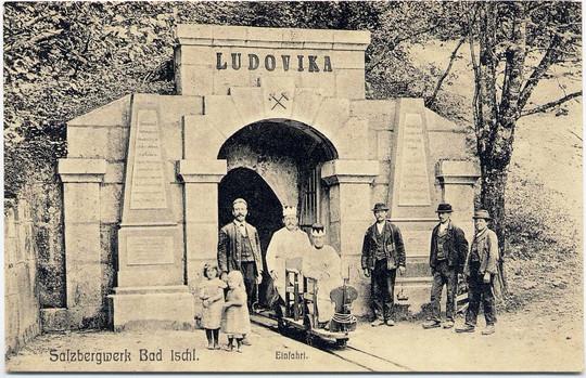 ludovika stollen_einfahrt_um 1900_internet.jpg