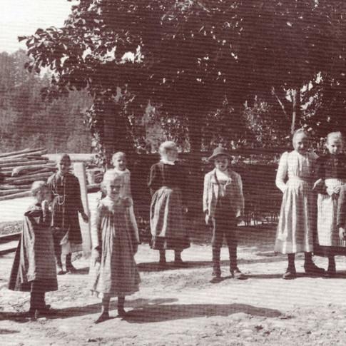 """Pfandler Kinder, aus Franz Lipp """"Ischler Albumblätter"""""""