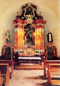 """Ischler Bergkirche, Altarraum, aus ÖSAG """"Die Ischler Bergkirche"""", 1988"""