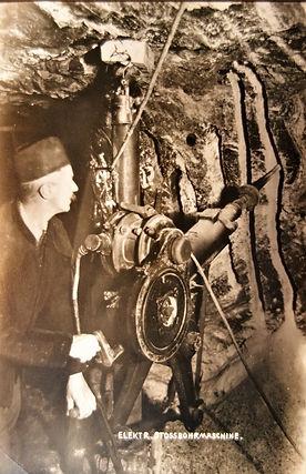 : Elektrische Kurbelstoßbohrmaschine von Siemens & Halske, um 1930, Archiv Salinen Austria