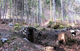 Mundloch, rechts oben Halde Wassertollen, 11.2014, Archiv Kranabitl