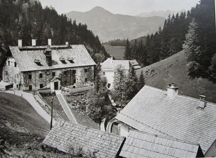 Kaiserin Maria Theresia – Stollen, Knappenhaus, um 1930, Archiv Feichtinger