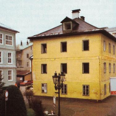 Ischler Spinnschule, Schulgasse, vor Abriss 2001, aus Heimatbuch Bad Ischl, 2014
