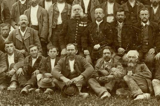 halleiner saline_saline pernerinsel_salinenarbeiter_um 1900_archiv salzburgmuseum