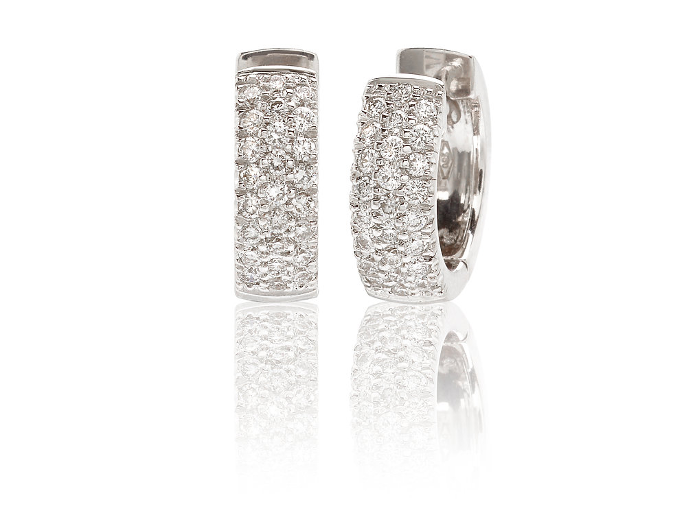 Orecchini pavè in oro bianco e diamanti bianchi
