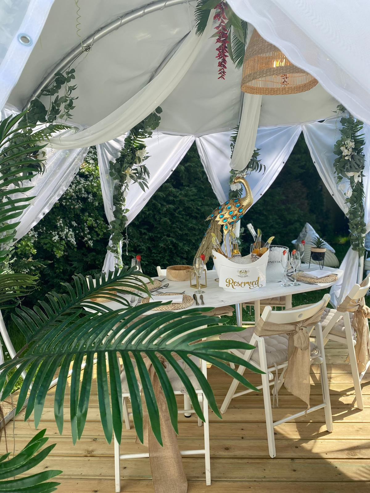 FULL DAY HIRE BEACH CLUB PACKAGE  12-6pm