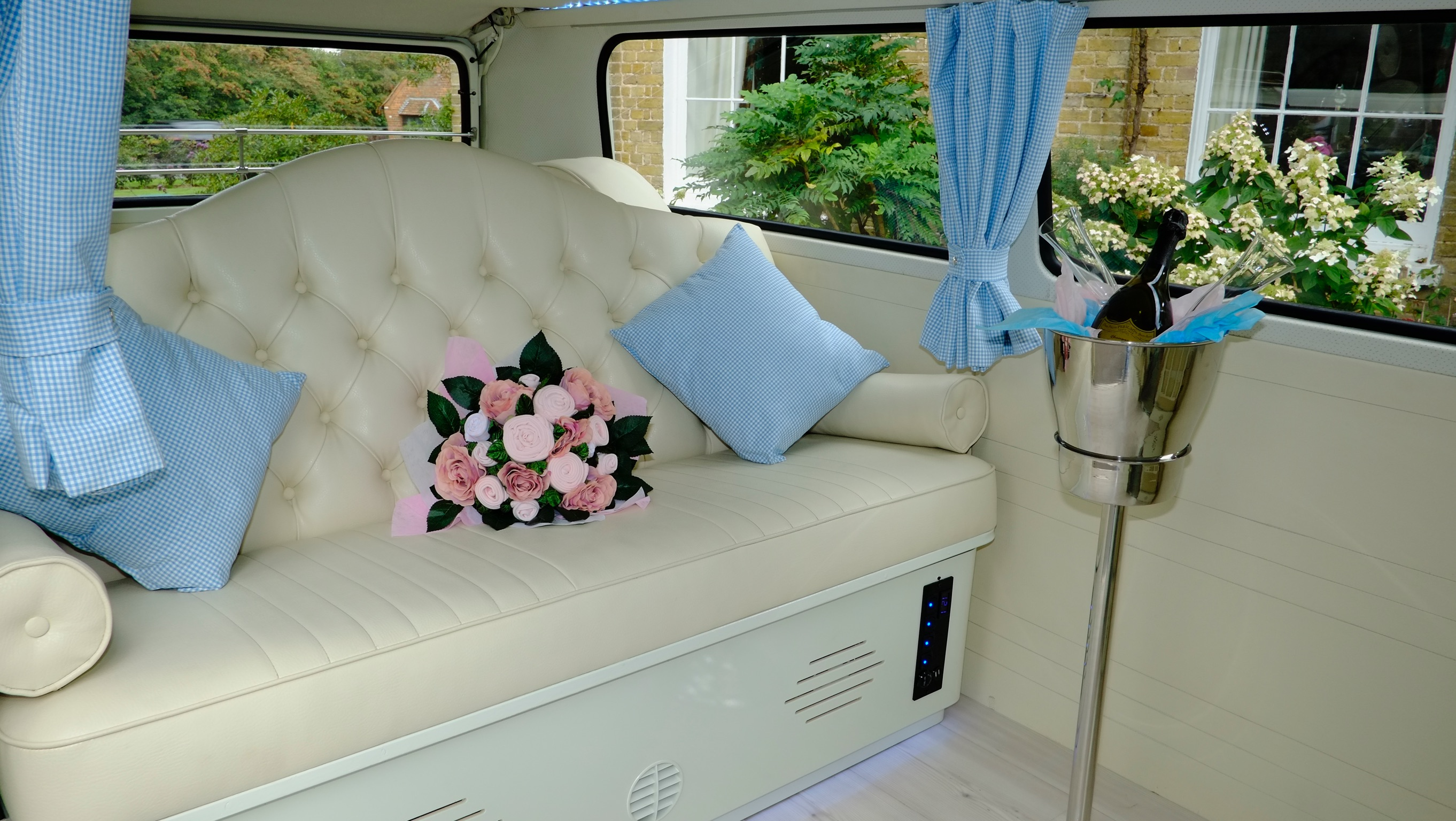 Luxury VW camper