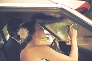 Who arrives with whom to the wedding? And other wedding car questions.