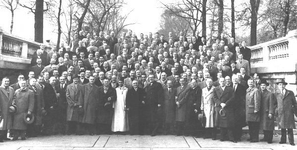 IMG_History_paris_congress-1955_1_sml.jp