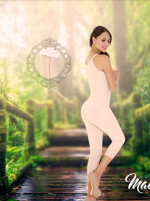 Full girdle / Fisherman / High back / Side and Bottom closure / Wide strap