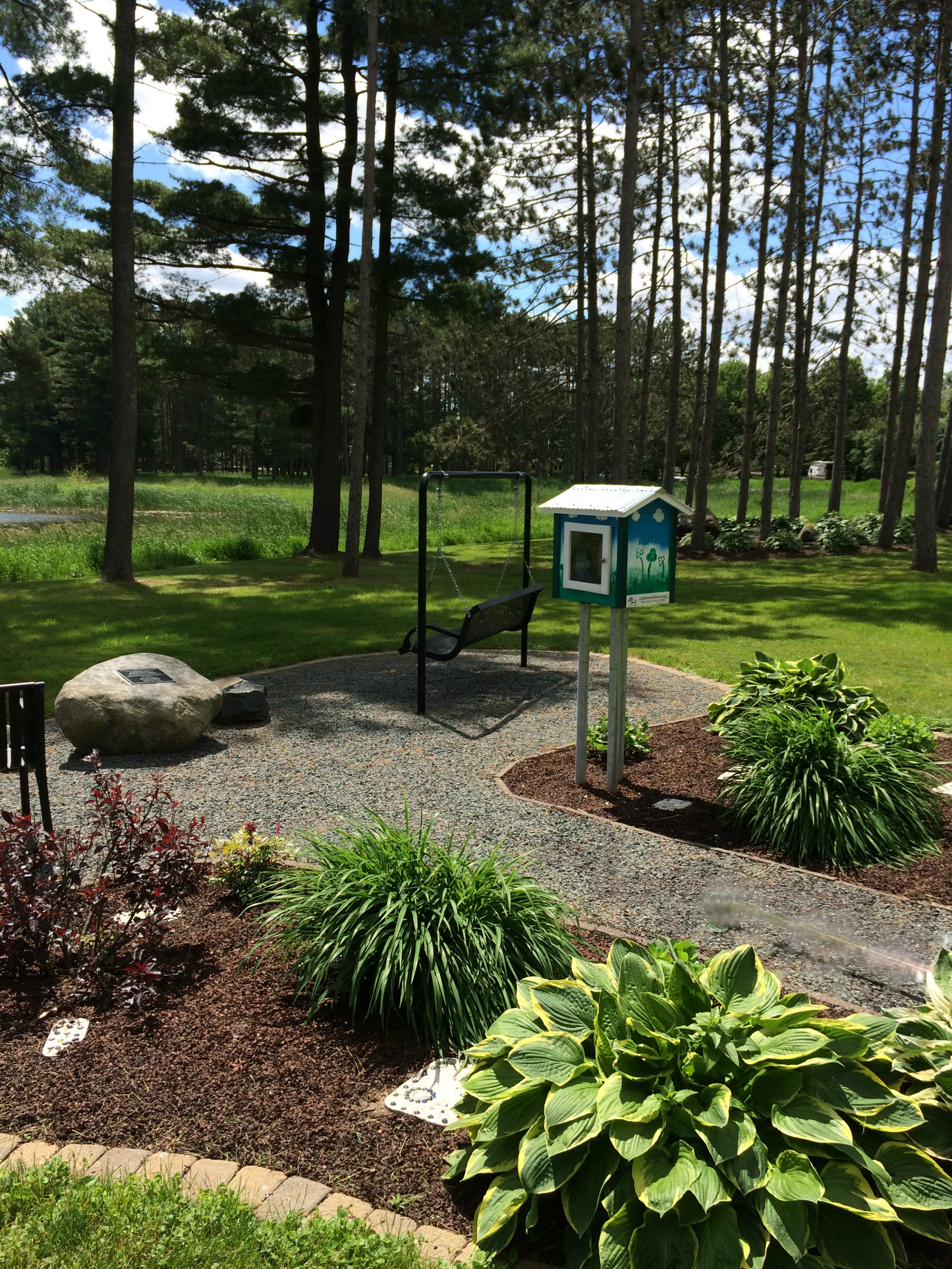 little library and garden lake (1)