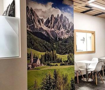 Ottima decisione decorare la parete con