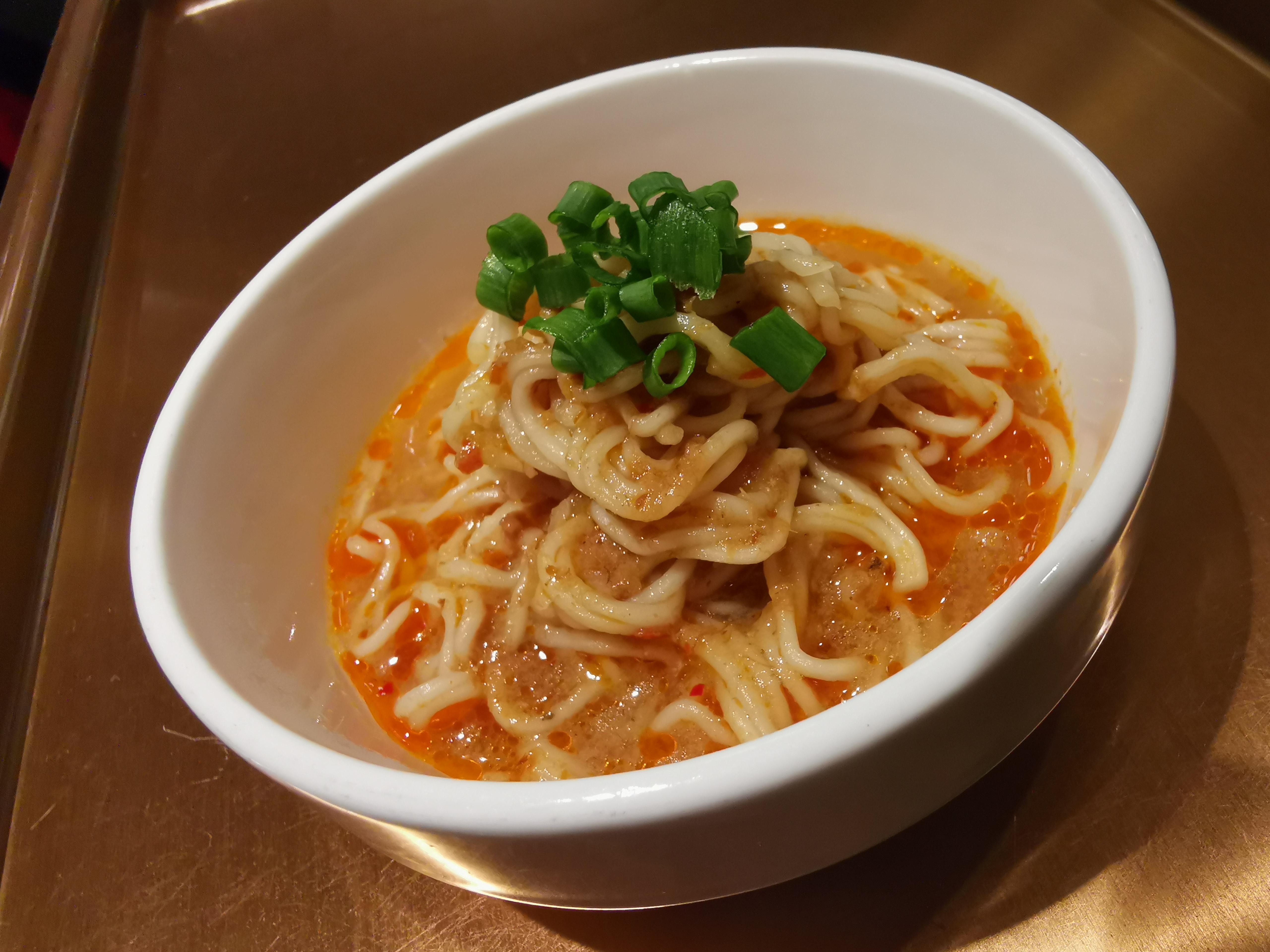 laska w huiashan noodles