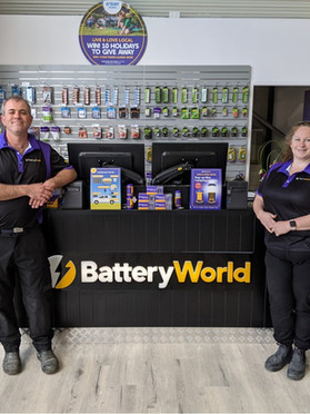 Battery World switches on in the Hawkesbury with locals Ash and Sarah