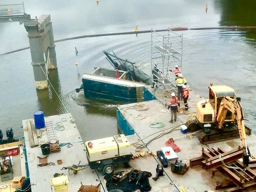Work on Windsor Bridge demolition halted as TfNSW carry out investigation into dive boat capsize