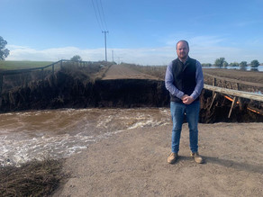 Residents with riverbank properties have suffered enough says Mayor - asks State to get a move on