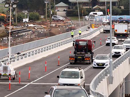 Traffic lights on, extra lane open - new Windsor Bridge already delivering benefits says Preston