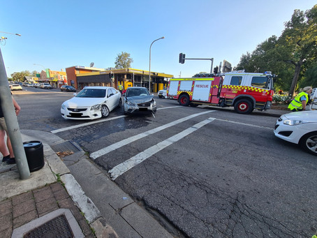 Two cars collide at traffic lights in Richmond