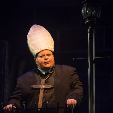 The Bishop of Basingstoke - Jekyll & Hyde The Musical - Milburn Stone Theatre