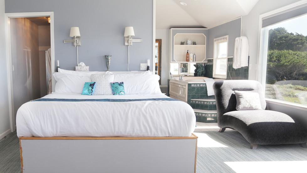 Seaside Cottage Penthouse-BED-02.jpg