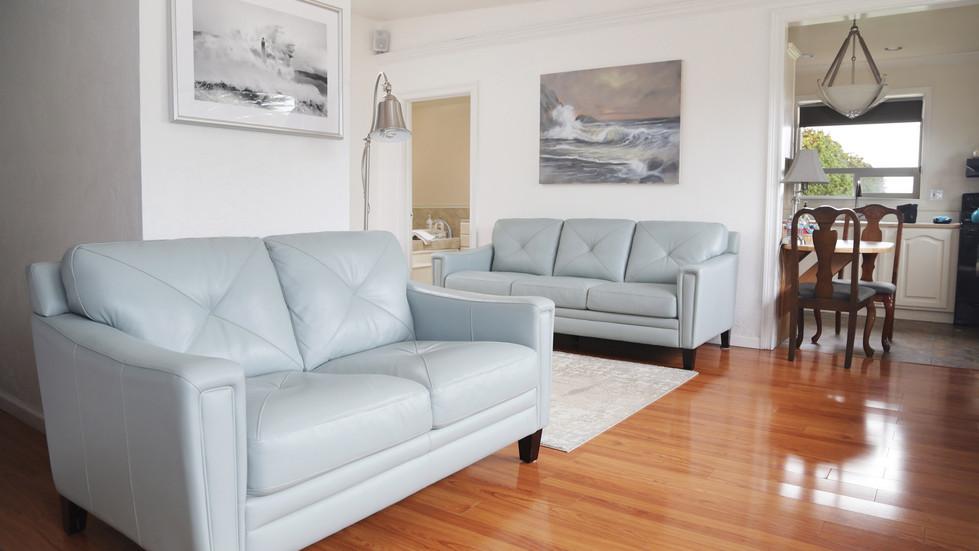 Seaside Cottage-Living Room-01.jpg