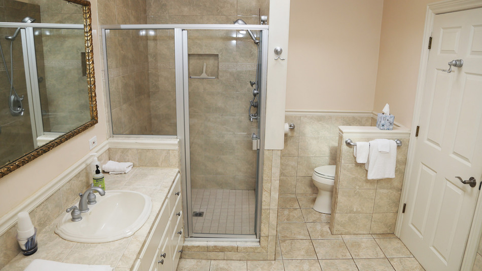 Seaside Cottage Bathroom-03.jpg