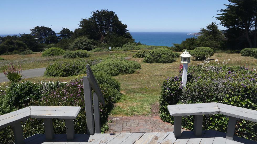 Seaside Cottage Vista-Ocean View-02.jpg