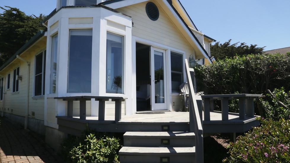 Seaside Cottage Vista-Exterior.jpg