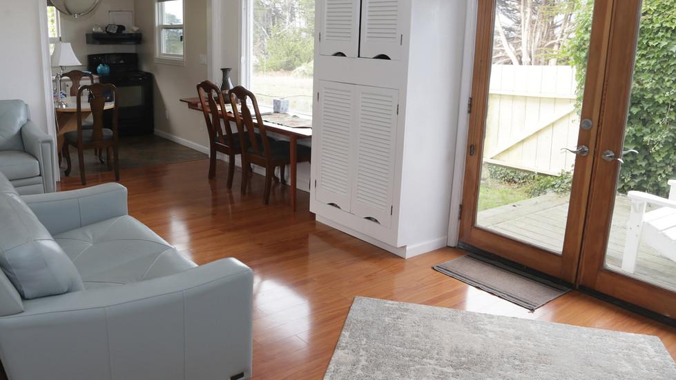 Seaside Cottage-Living Room-04.jpg