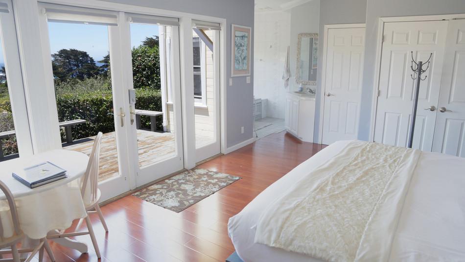 Seaside Cottage Honeymoon-View-01.jpg