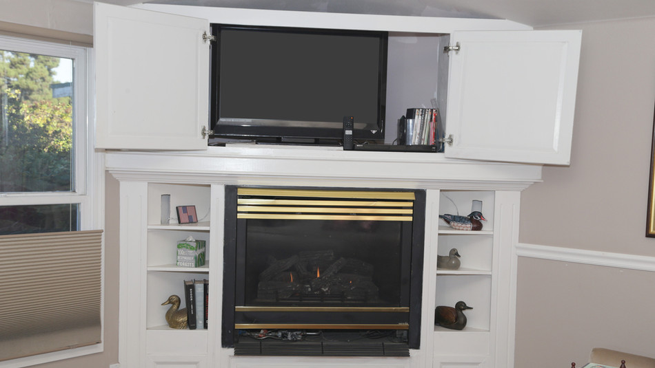 Seaside Cottage-Special Occasion-Fireplace Tv