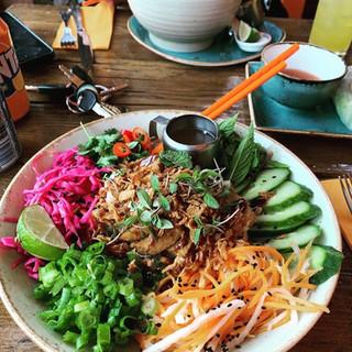 Bun Salads