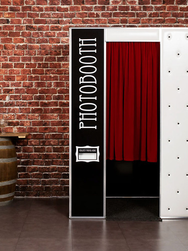Corporate-party-photobooth.jpg