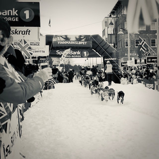 All designs start with a need - Getting Athletes to a Race - Project Dog Box - (C)ArcticDS