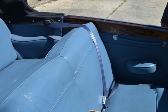 Lagonda inertia seatbelts