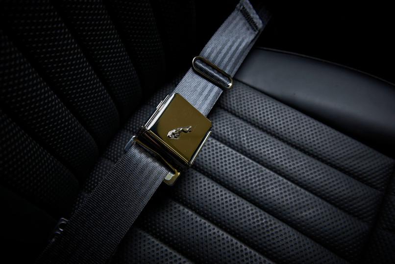 Jaguar E type inertia seatbelts
