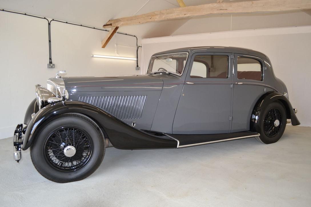 Derby Bentley completed repaint