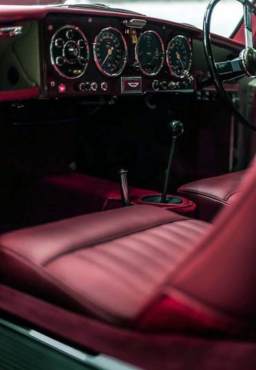 Aston Martin DB2 interior