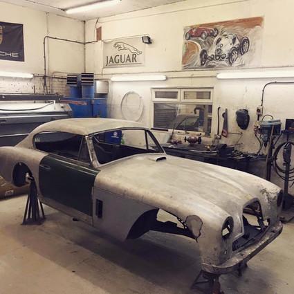 Aston Martin DB bodywork