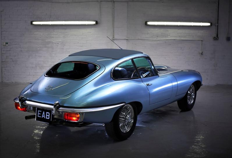 Jaguar E type rear view