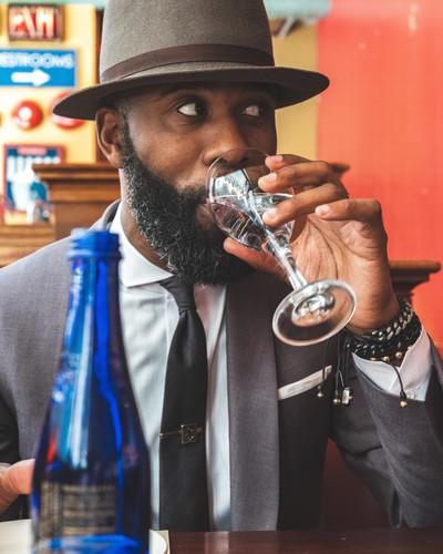 photo-of-man-drinking-water-2963038.jpg